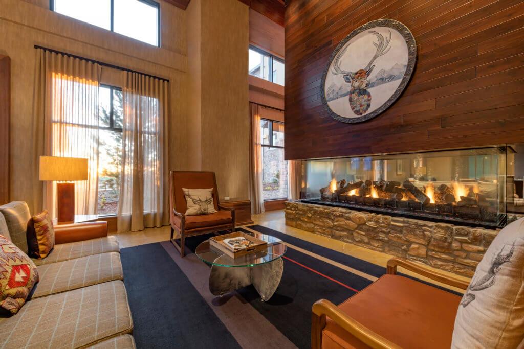 Gaylord Rockies Resort - Lobby Lounge